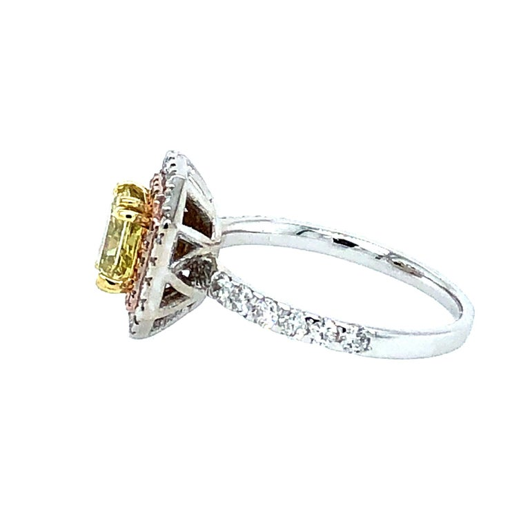 Contemporary GIA 1.63 Carat Oval Fancy Intense Yellow and Pink Diamonds Ring 18 Karat Gold For Sale