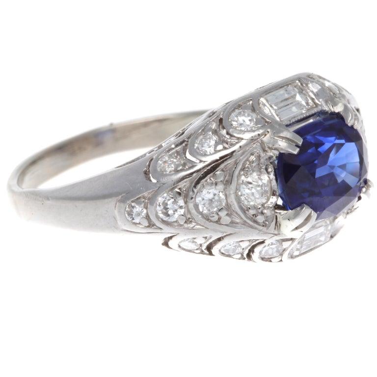 Modern GIA 1.84 Carat Madagascar Heated Sapphire Diamond Platinum Ring For Sale