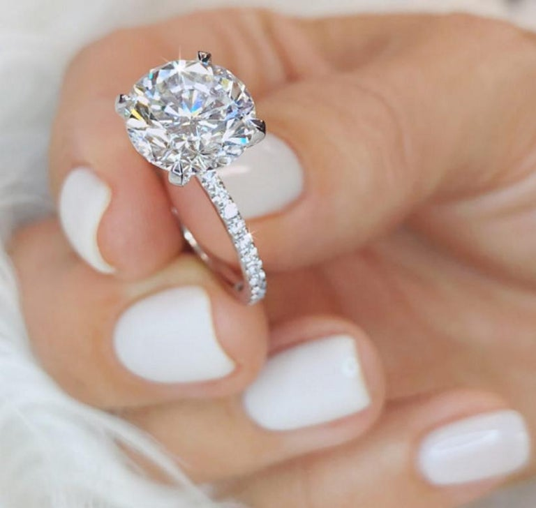 Modern GIA 1.90 Carat Certified Triple Excellent Diamond Round Brilliant Cut Ring For Sale
