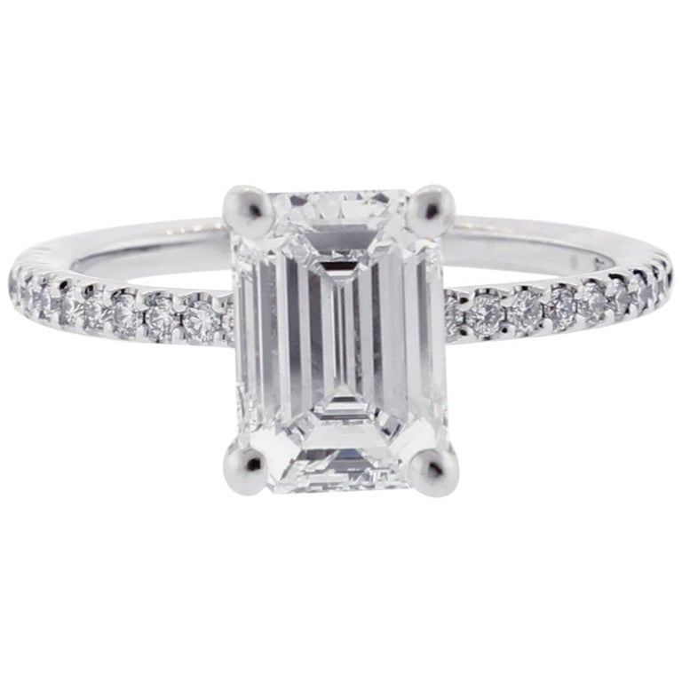 GIA 2 Carat Emerald Cut Diamond Engagement Ring For Sale