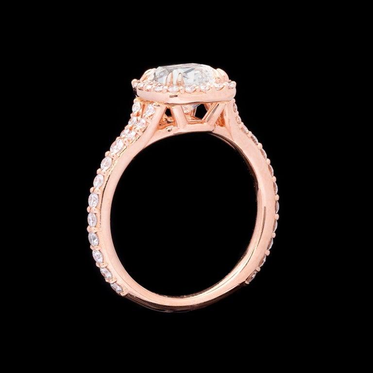 Women's or Men's GIA 2.00 Carat I/VVS1 Cushion Diamond Engagement Ring For Sale
