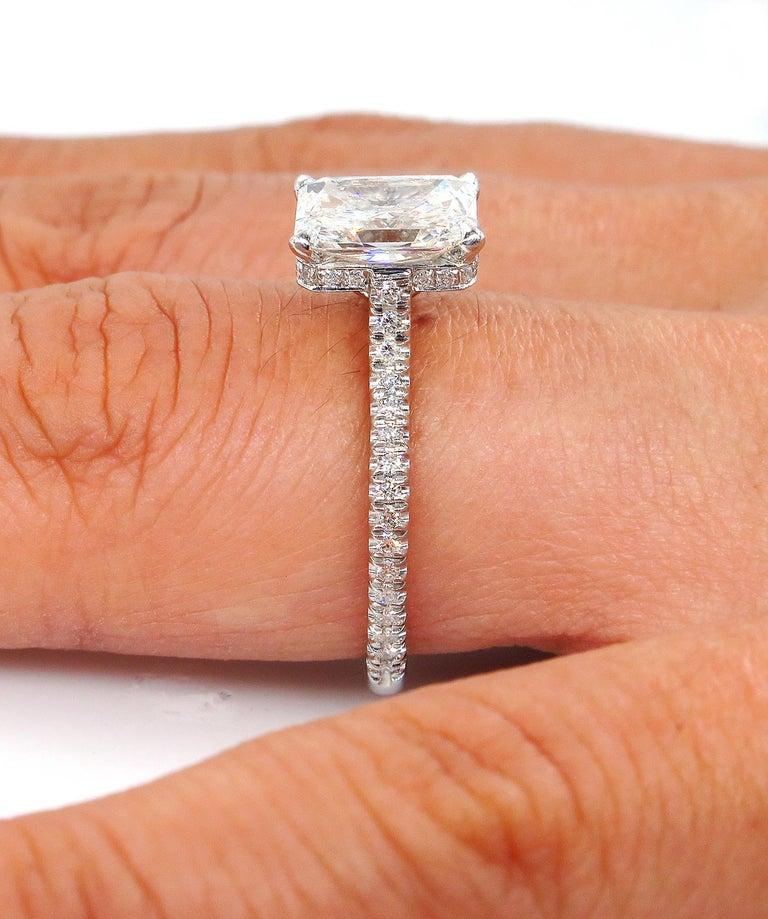 GIA 2.01 Carat Radiant Cut Diamond Pave Solitaire Platinum Wedding Ring For Sale 4