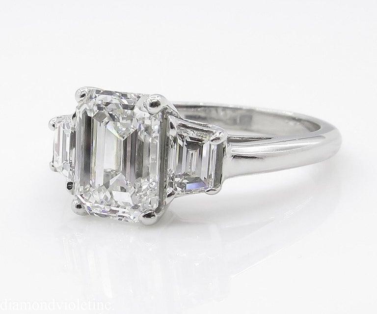 GIA 2.54 Carat Vintage Emerald cut Diamond Engagement Wedding Platinum Ring For Sale 2
