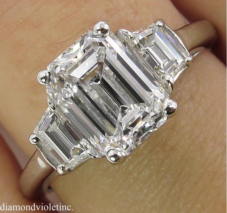 Emerald Cut GIA 2.54 Carat Vintage Emerald cut Diamond Engagement Wedding Platinum Ring For Sale
