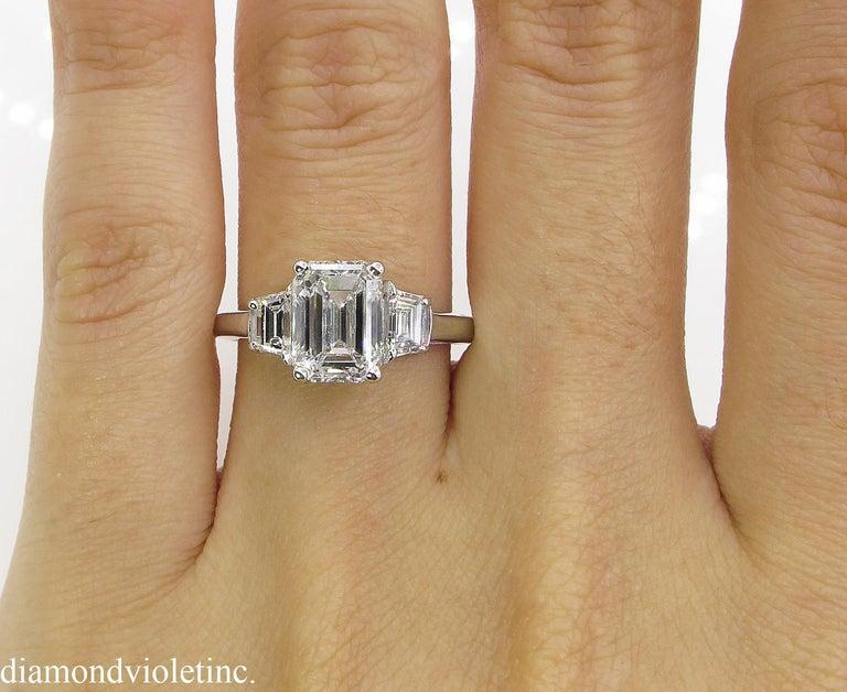 GIA 2.54 Carat Vintage Emerald cut Diamond Engagement Wedding Platinum Ring For Sale 3