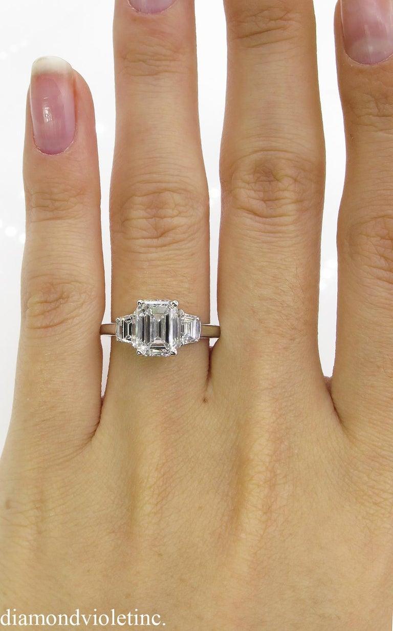 GIA 2.54 Carat Vintage Emerald cut Diamond Engagement Wedding Platinum Ring For Sale 5