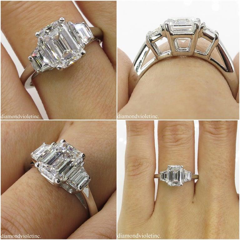GIA 2.54 Carat Vintage Emerald cut Diamond Engagement Wedding Platinum Ring For Sale 4