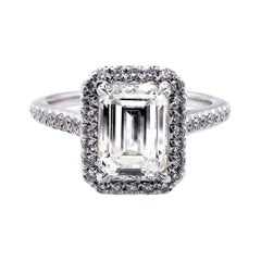 GIA 2.59 Caratt Emerald Cut Diamond Solitaire Engagement White Gold Ring