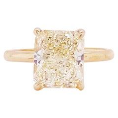 GIA 3.83 Carat Radiant Diamond Solitaire Engagement Ring 14 Karat Yellow Gold