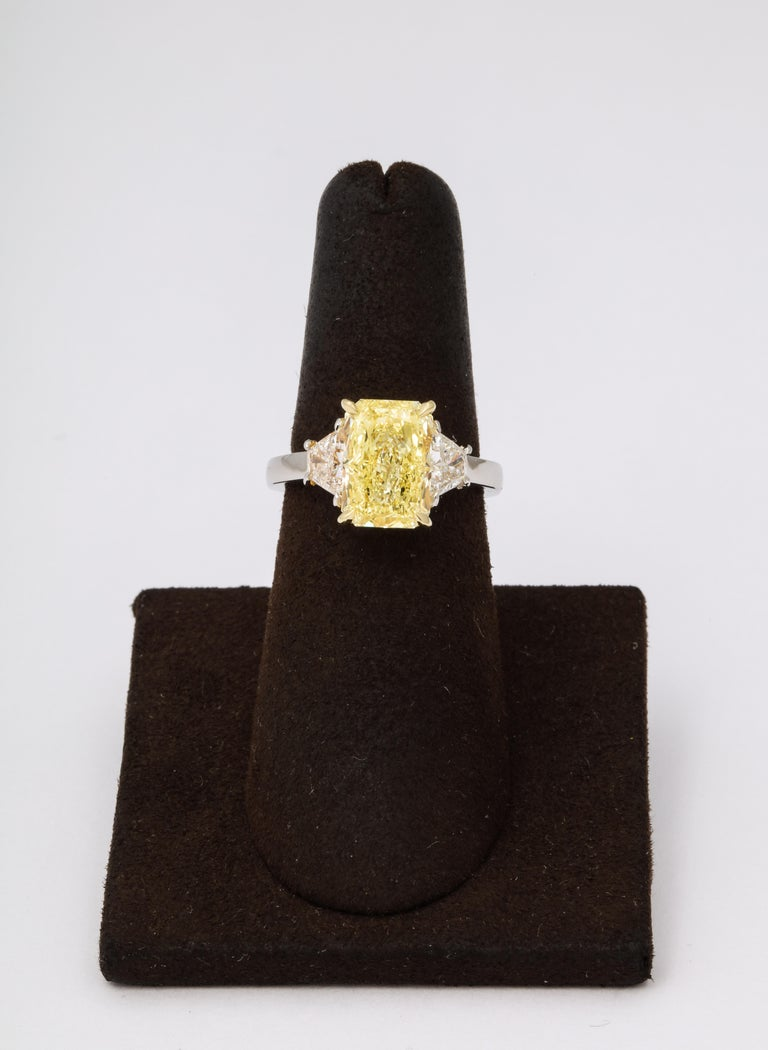 GIA 4 Carat Yellow Diamond Ring For Sale 3
