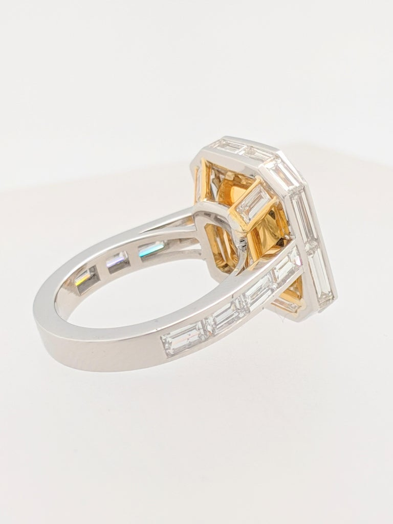 Women's or Men's GIA 5.01 Carat Natural Fancy Yellow Emerald Cut Diamond Engagement Ring Platinum For Sale