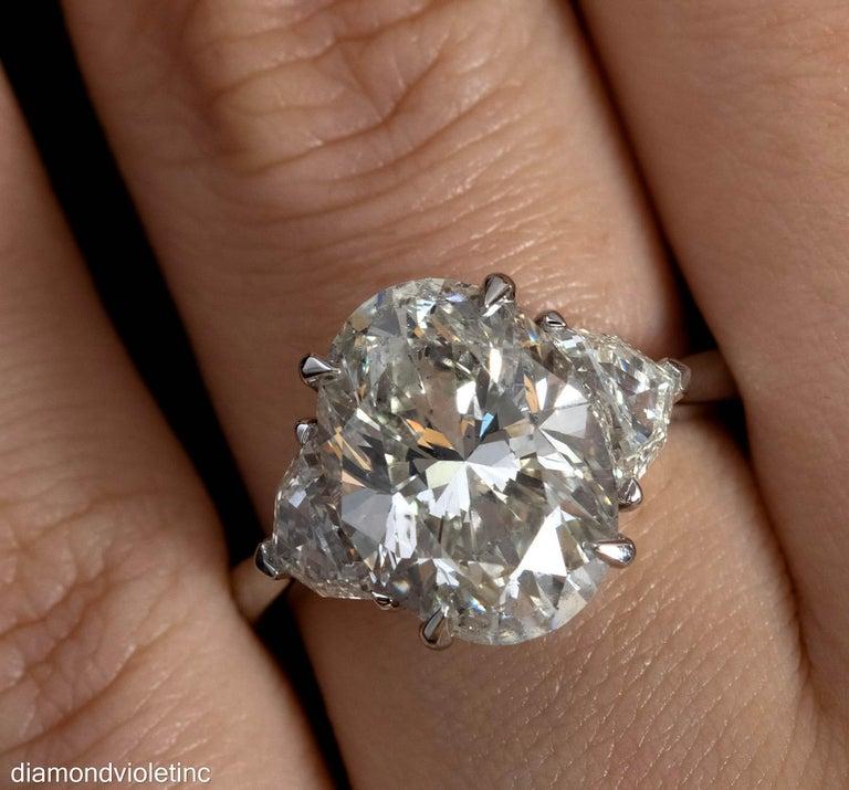 GIA 6.01ct Estate Vintage Oval Diamond 3 Stone Engagement Wedding Platinum Ring For Sale 4