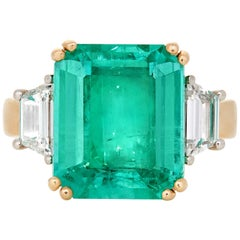 GIA 6.72 Carat Emerald Cut Columbian Emerald with Trapezoid Diamonds in 18 Karat