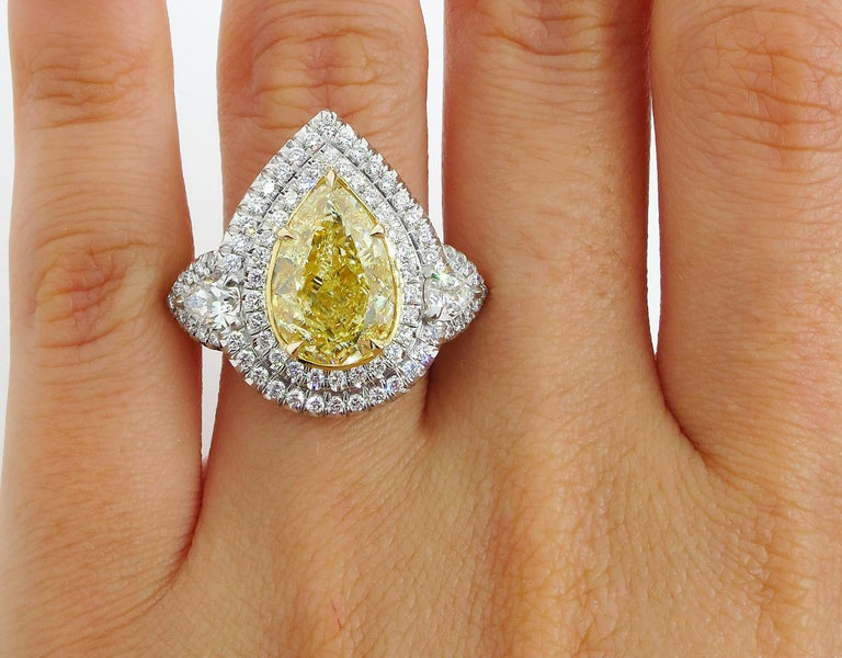 GIA 7.66 Carat Estate Fancy Yellow Pear Diamond Engagement Ring Plat Yellow Gold For Sale 6