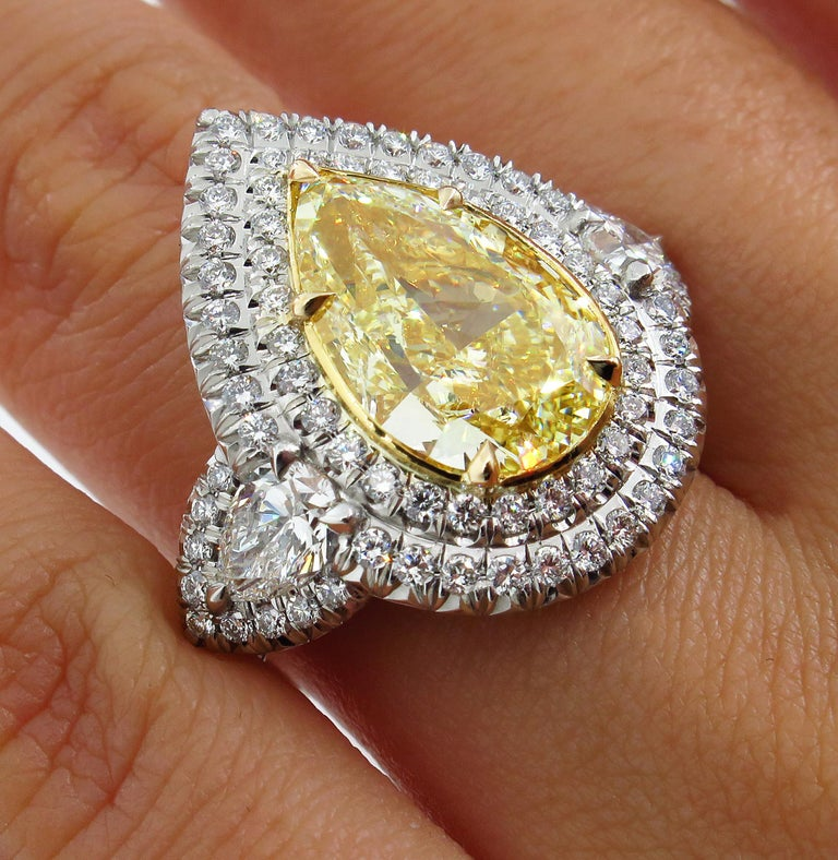 GIA 7.66 Carat Estate Fancy Yellow Pear Diamond Engagement Ring Plat Yellow Gold For Sale 9