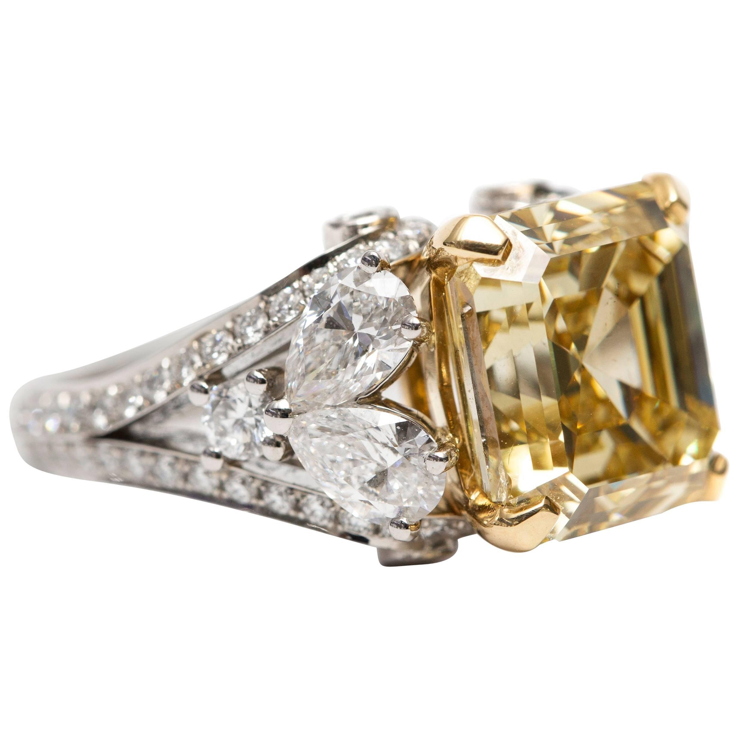GIA 9.40 Carat Yellow Emerald Pear Round Diamond Platinum Emerald Fancy Ring