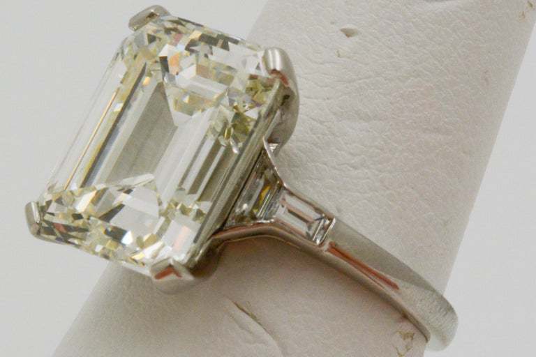 GIA 9.66 Carat Emerald Cut and 5-Stone Diamond Ring For Sale 7