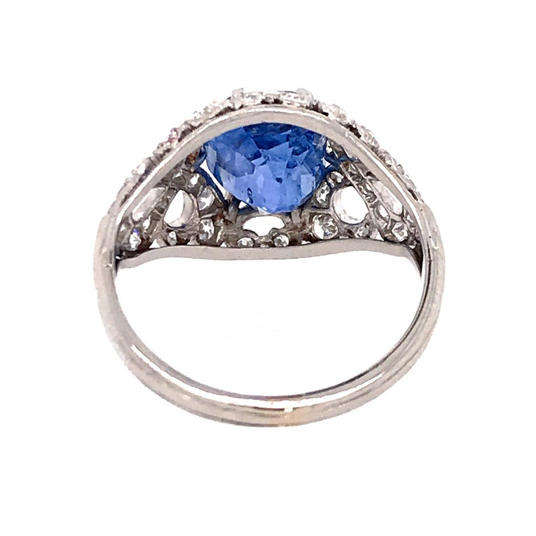 Oval Cut GIA Certifed Vintage No-Heat Natural Sapphire and Diamond Ring For Sale