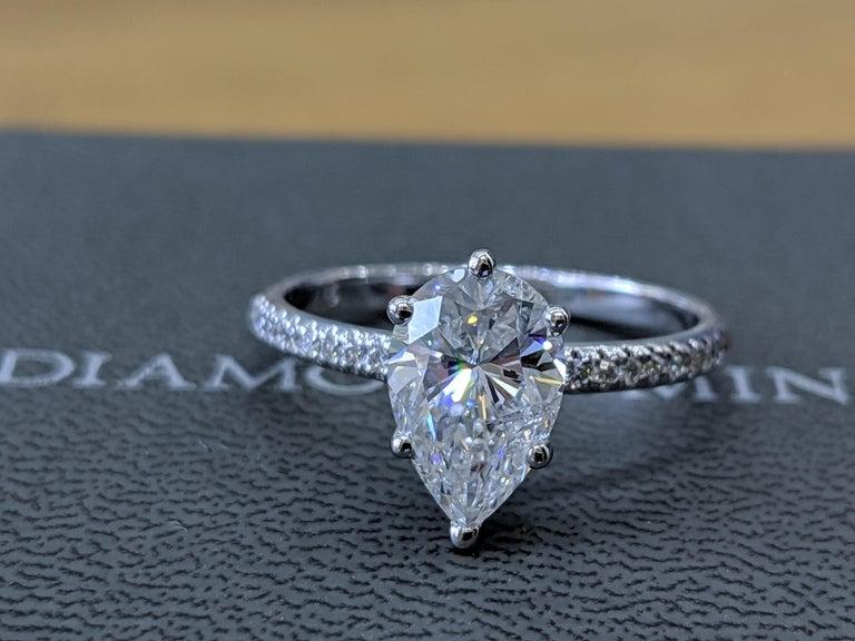 Art Deco GIA Certified 1 1/2 Carat 14 Karat White Gold Pear Diamond Engagement Ring For Sale