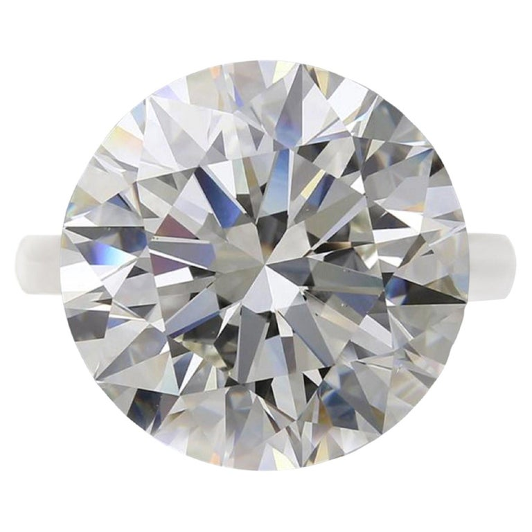 GIA Certified 10 Carat Round Brilliant Cut Diamond Ring For Sale