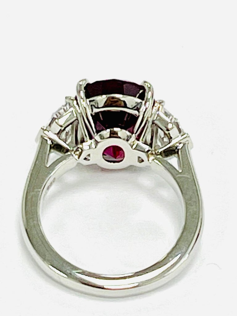 Women's or Men's GIA Certified 10.07 Carat Ruby Diamond Three Stone Ring For Sale