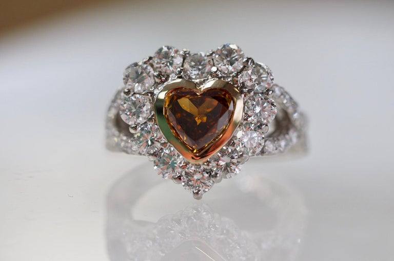 GIA Certified 1.01 Carat Diamond Heart Platinum Ring In New Condition In Addison, TX
