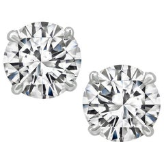 GIA Certified 1.03 Carat and 1.13 Carat Diamond Stud Earrings