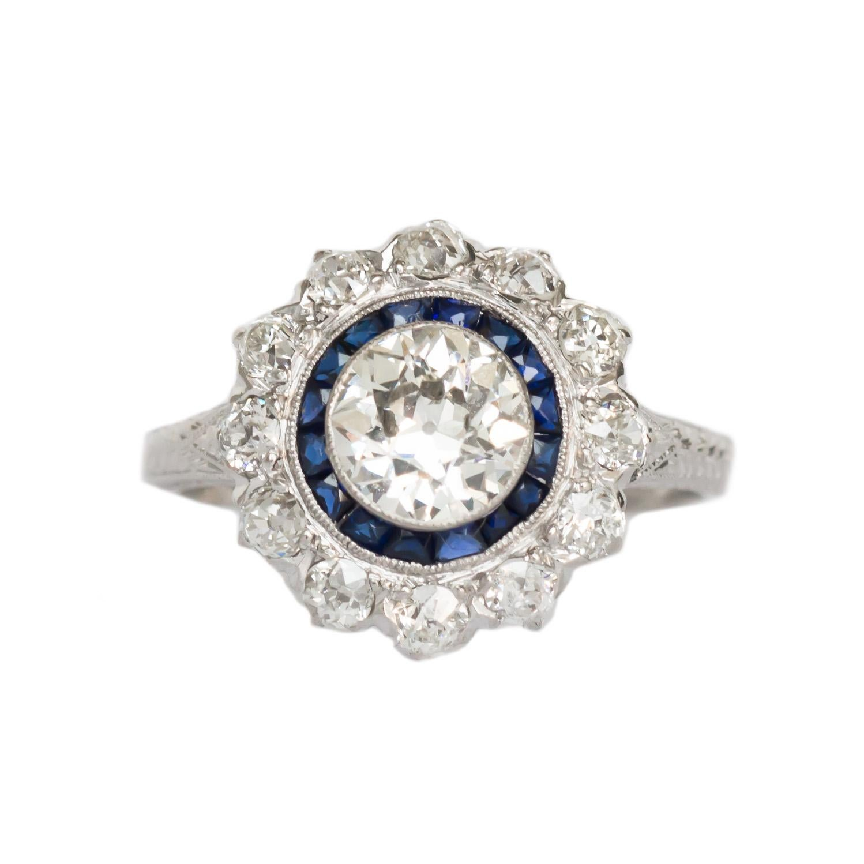 GIA Certified 1.05 Carat Diamond Platinum Engagement Ring
