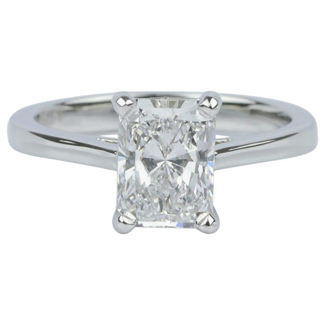 GIA Certified 1.01 Carat Engagement Diamond Radiant Cut Platinum G Color VVS1