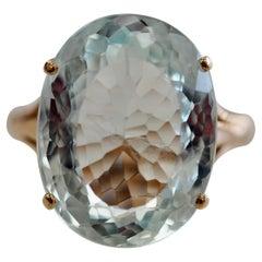 GIA Certified 10.60 Carat Aquamarine Yellow Gold Vintage Ring