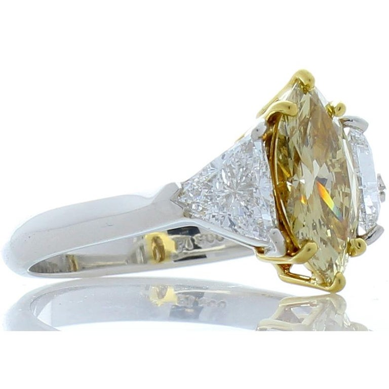 Contemporary GIA Certified 1.08 Carat Fancy Brownish Yellow Diamond Cocktail Ring in Platinum For Sale