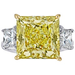 GIA Certified 11.11 carats Princess Cut Fancy Yellow VS1 Diamond Ring