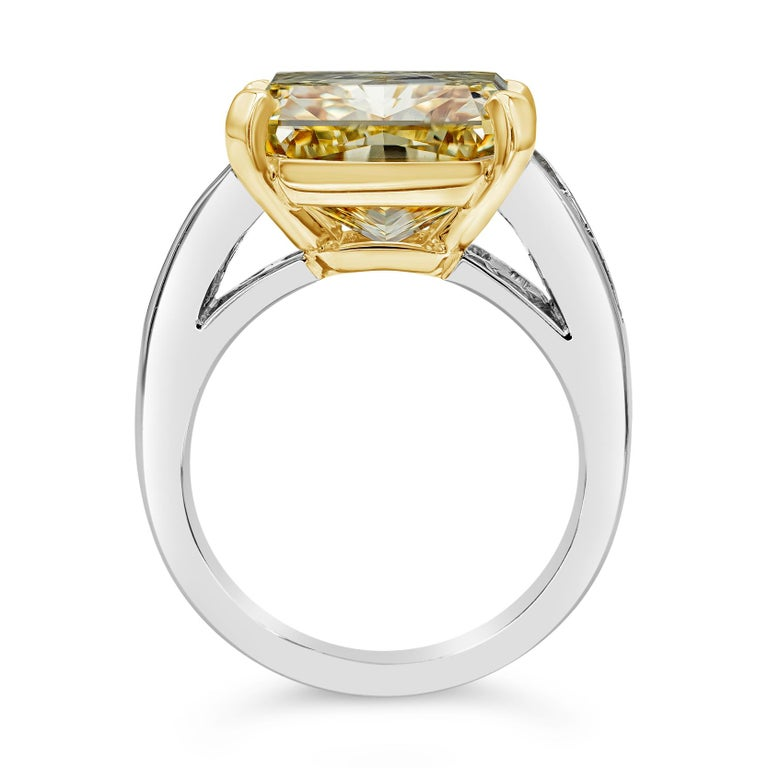 Contemporary GIA Certified 11.30 Carat Intense Yellow Radiant Cut Diamond Engagement Ring For Sale