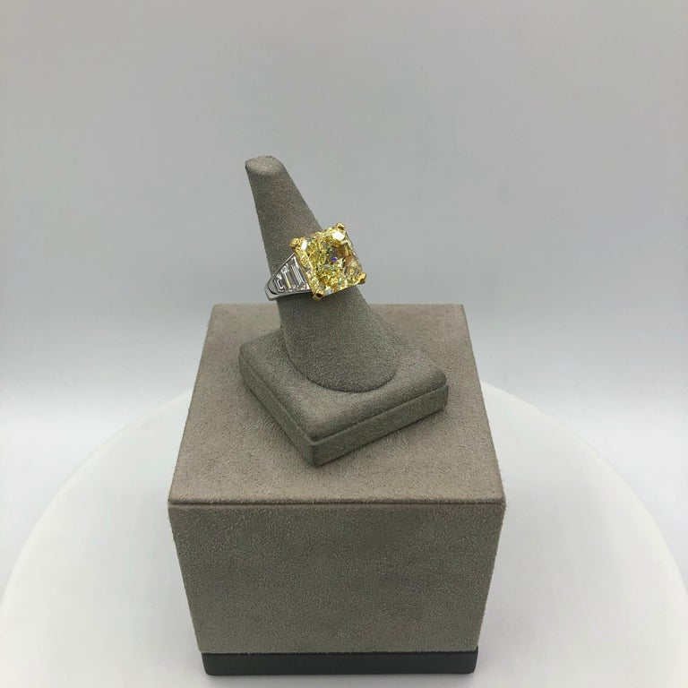 Women's or Men's GIA Certified 11.30 Carat Intense Yellow Radiant Cut Diamond Engagement Ring For Sale
