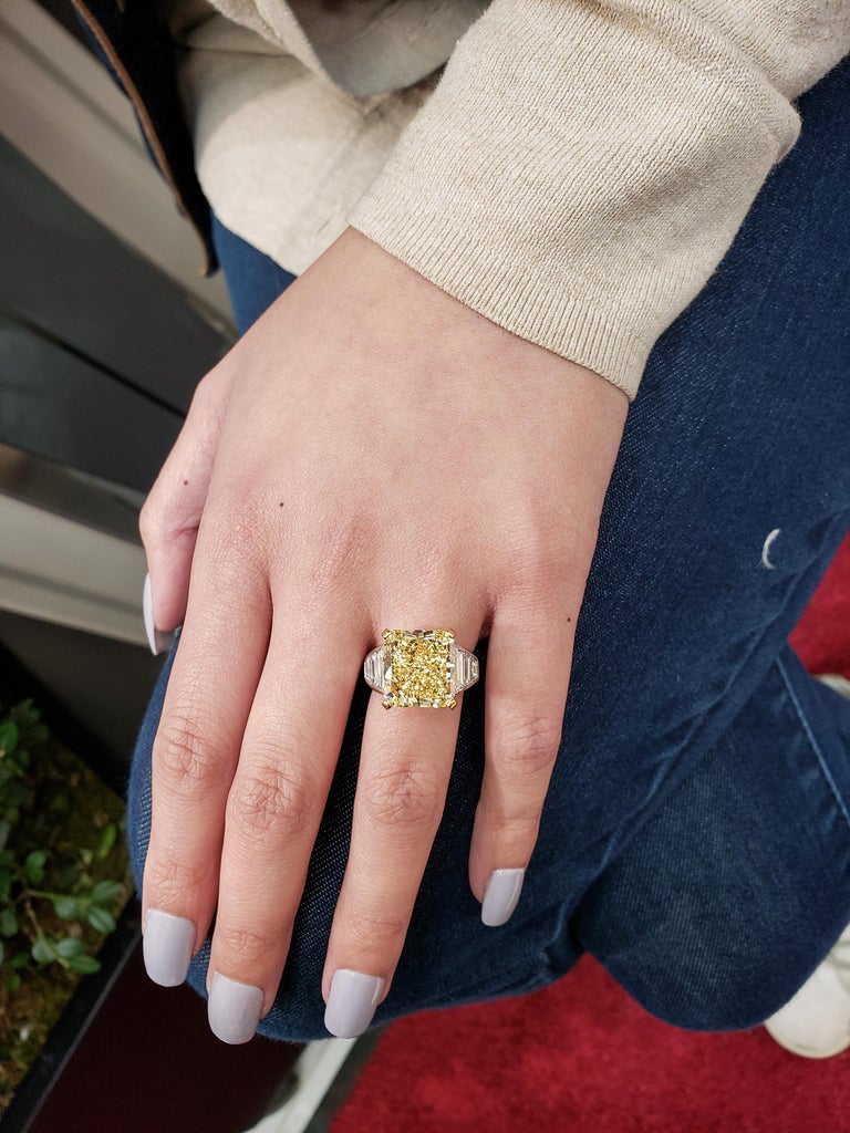 GIA Certified 11.30 Carat Intense Yellow Radiant Cut Diamond Engagement Ring For Sale 3