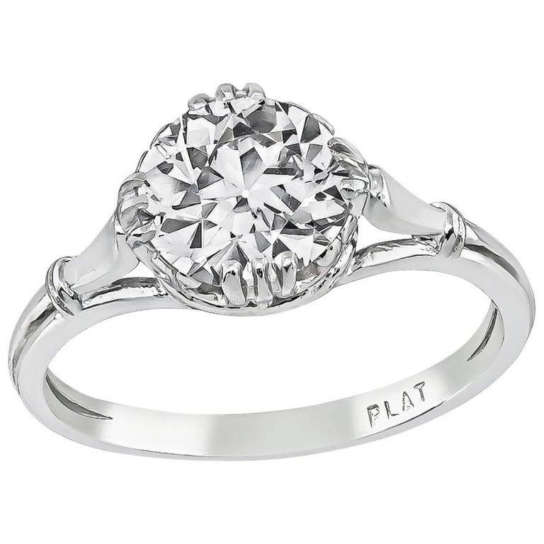 GIA Certified 1.22 Carat Diamond Platinum Engagement Ring For Sale