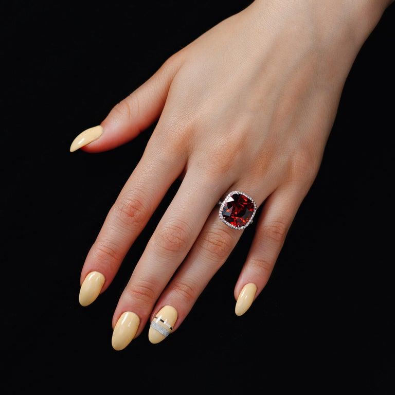 GIA Certified 13.63 Carat Bohemian Garnet Micro Pave Platinum Statement Ring For Sale 1