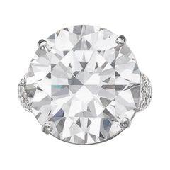 GIA Certified 14 Carat Round Brilliant Cut Diamond Platinum Ring