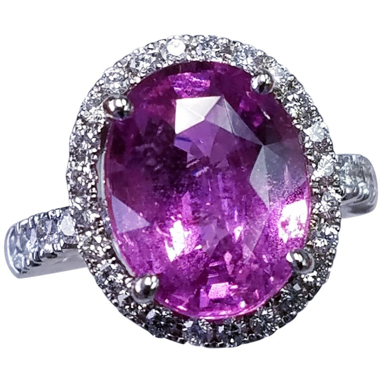 GIA Certified 14 Karat White Gold Oval Cut Pink Sapphire and Diamond Ring For Sale