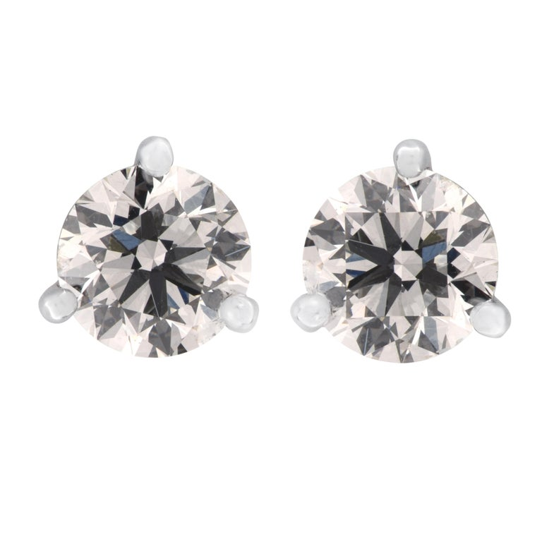 GIA Certified 1.41 Carat Diamond Stud Earrings In New Condition For Sale In Miami, FL