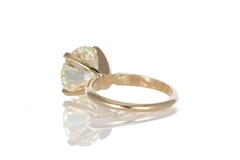 Modern GIA Certified 14 Karat Gold and Diamond Solitaire Engagement Ring 5.11 Carat