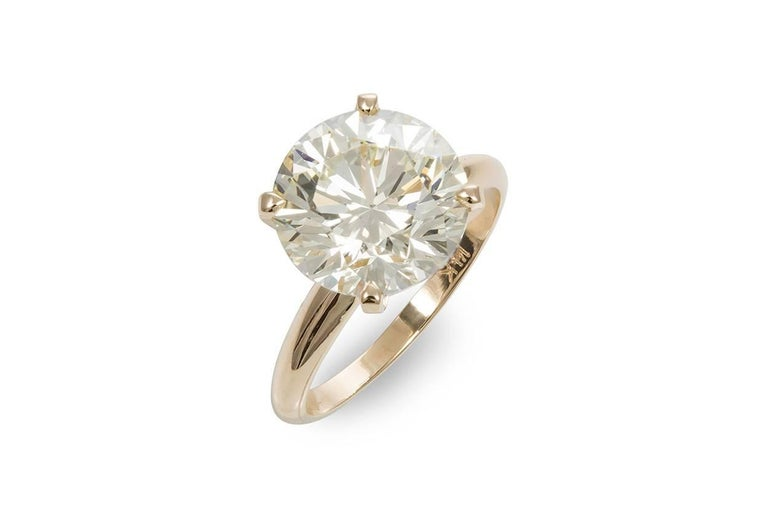 Round Cut GIA Certified 14 Karat Gold and Diamond Solitaire Engagement Ring 5.11 Carat