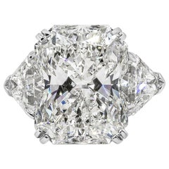 Roman Malakov GIA Certified 15.09 Carat Radiant Cut Diamond Three-Stone Ring