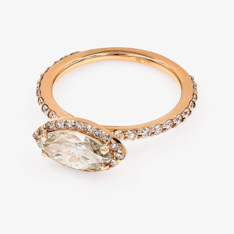 GIA Certified 1.51cts. Marquise & Ideal Cut Round Diamond Ring in 18kt Rose Gold In New Condition For Sale In Chicago, IL