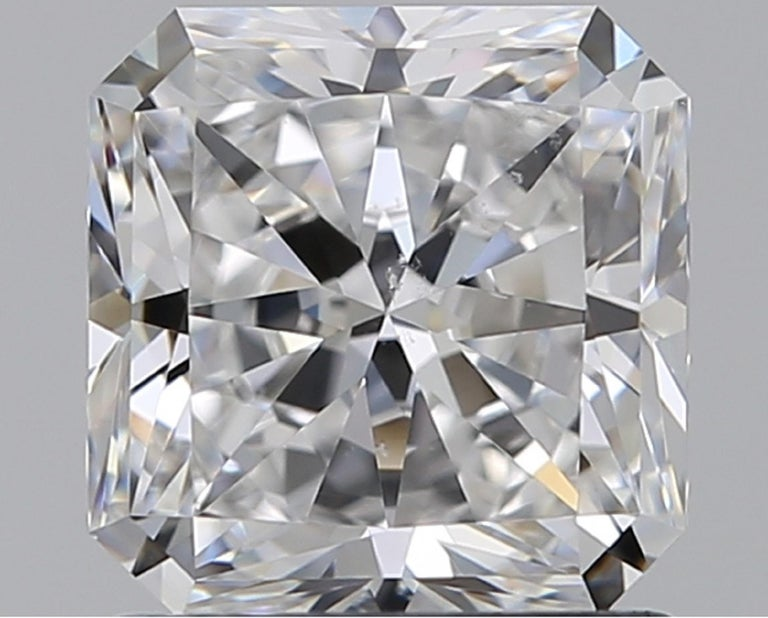GIA Certified 1.55 Carat Radiant Cut Diamond Ring D VS2 In New Condition For Sale In Rome, IT