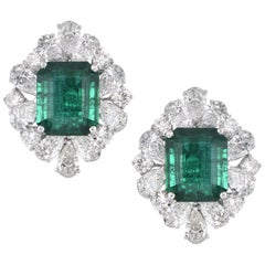 Laviere GIA Certified 15.75 Carat Emerald and Diamond Earrings