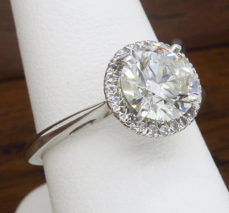 GIA Certified 1.52 Carat VVS1 Diamond Halo Engagement Ring For Sale 5