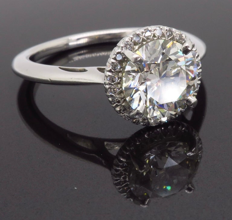 GIA Certified 1.52 Carat VVS1 Diamond Halo Engagement Ring For Sale 1