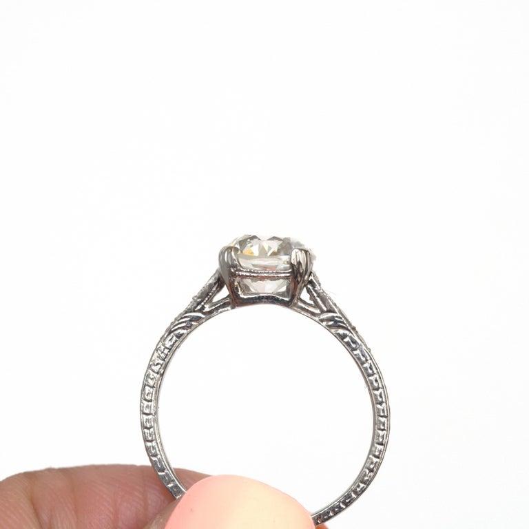 GIA Certified 1.63 Carat Diamond Platinum Engagement Ring For Sale 1