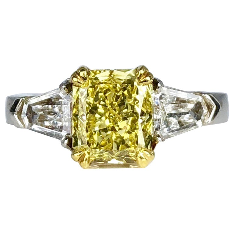 GIA Certified 1.68 Carat Natural Fancy Intense Yellow Diamond Ring in Platinum For Sale